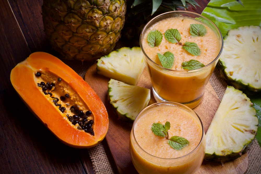 Smoothie papaya e ananas
